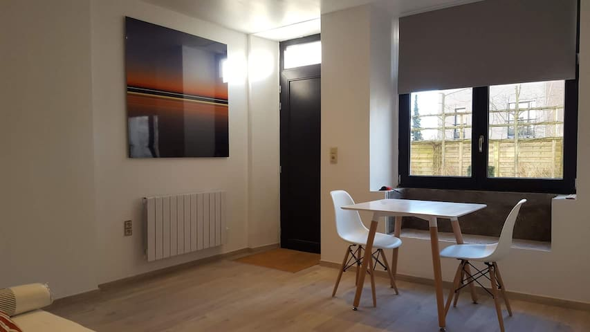 Modern and comfortable studio near Luxembourg.