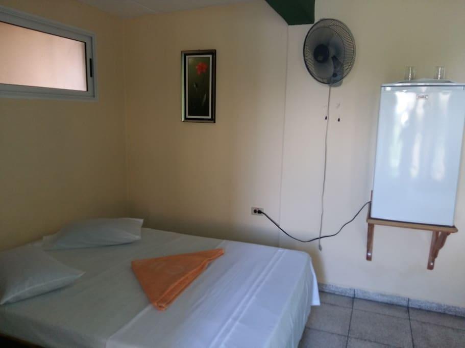 Habitación Privada #1 - Casa Eneida