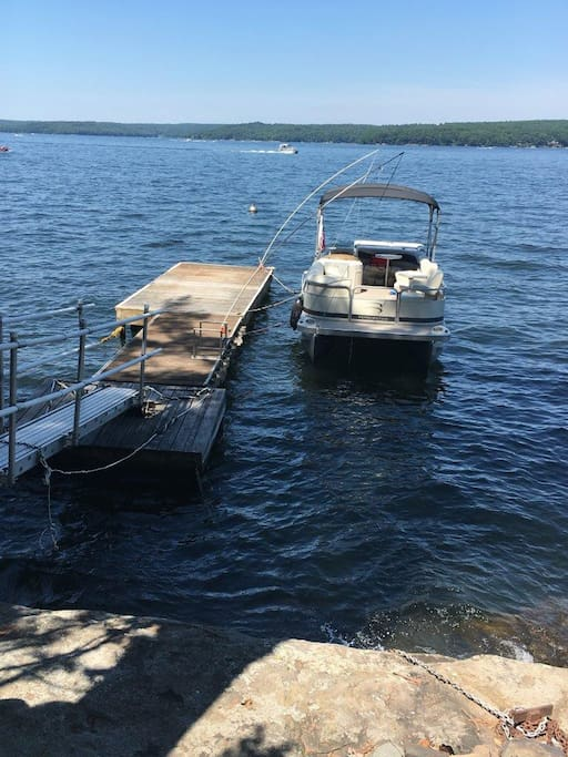 DEEP WATER (25-40 FT) DOCK