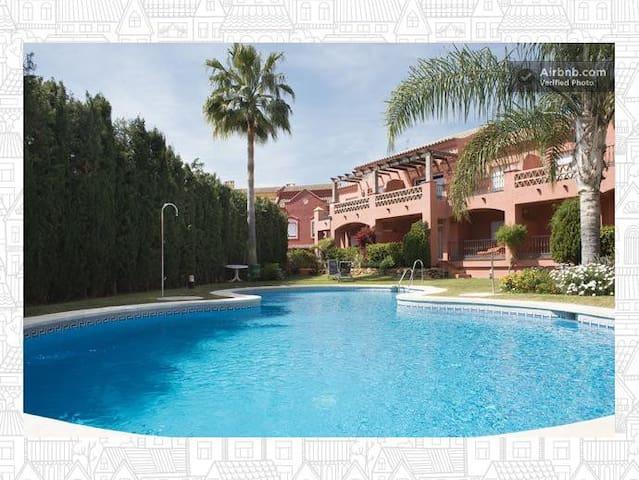 2 Chambres à Marbella Puerto Banus