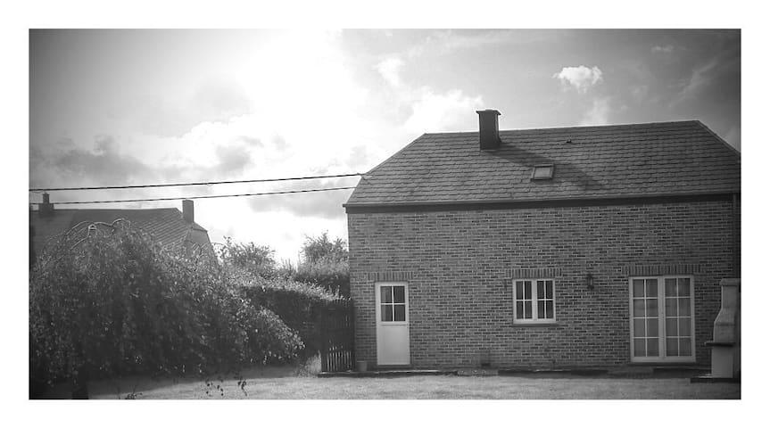 Belle propriété à la campagne - Couvin - House