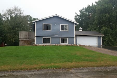 Fully Furnished 4 Bdrm Home for The Ryder Cup - Carver - Huoneisto