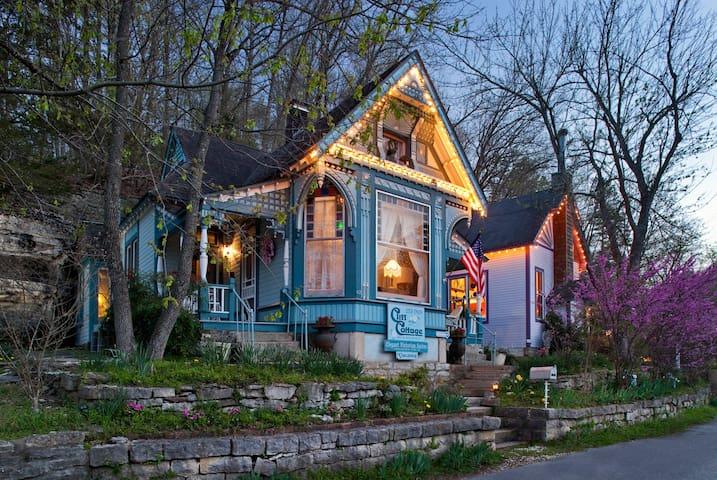 Cliff Cottage Inn-Only B&B  downtown Eureka Sprgs - Eureka Springs - Σουίτα επισκεπτών