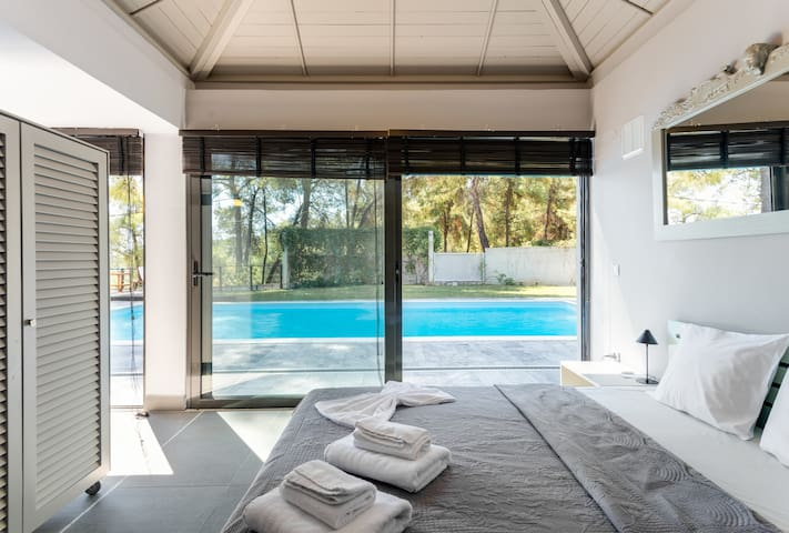 Villa Azzurro with sea view and private pool by JJ Hospitality