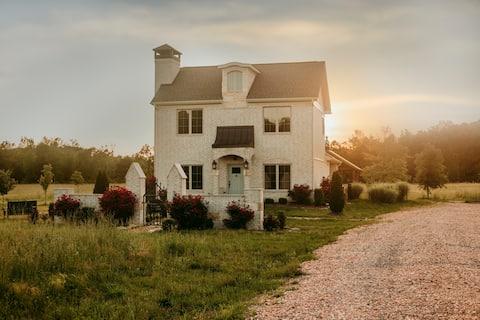 Cross Iron Cottage