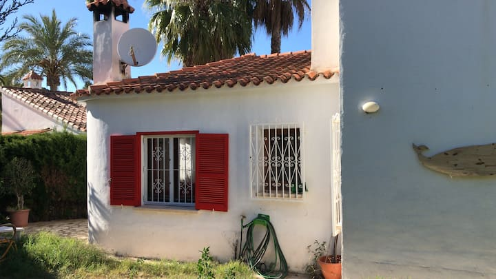 Lovely house next to Montgó and las rotas beach