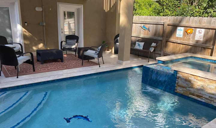 Spacious Home with Private Heated Pool and Hot Tub