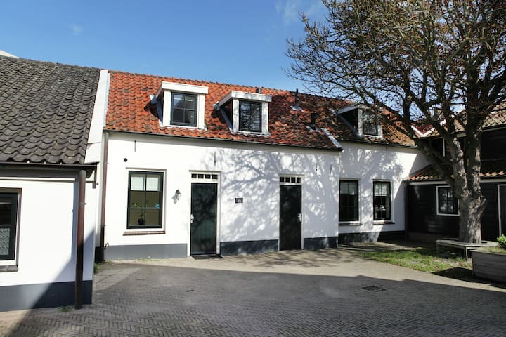 Lovely Villa near Sea in Noordwijk aan Zee