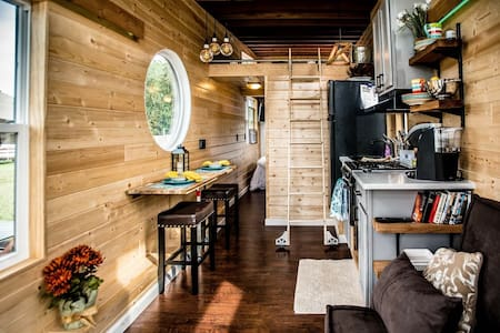 New Tiny House on Ohio River Marina - Dayton - Cabane