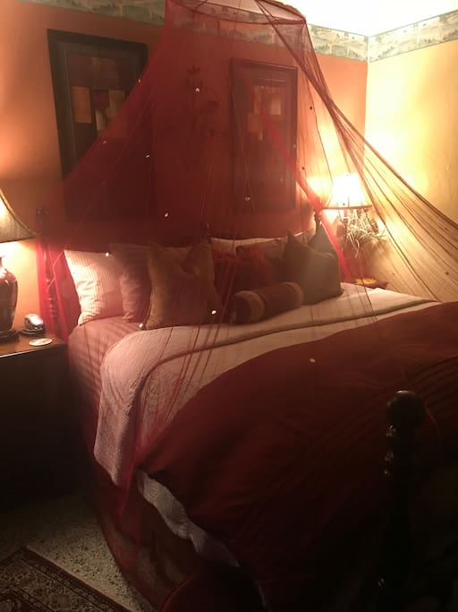 Romantic and amazing comfy bed and linens!  You won't want to get out of it!