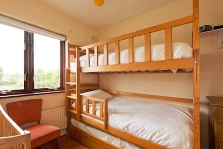Twin Room with Mountain View - Ballybrack