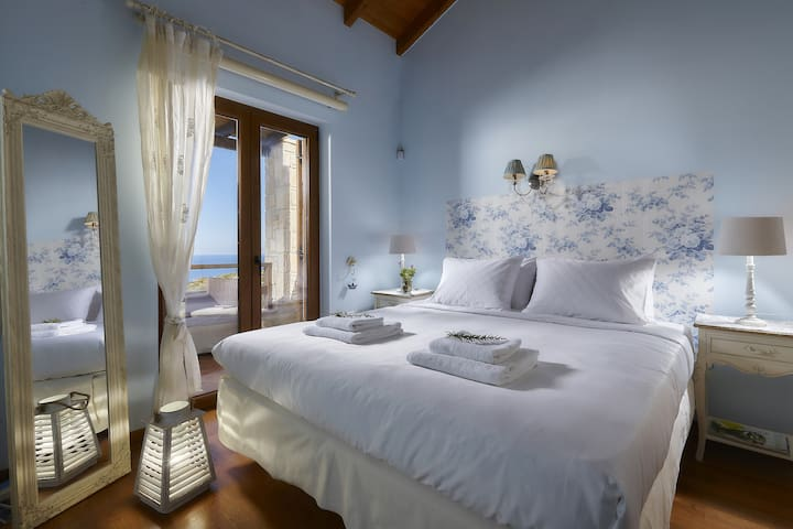 Clean / Fresh bedroom with incredible view.