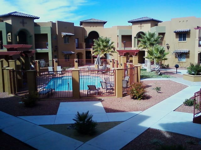 Beautiful southwest condo in Las Cruces