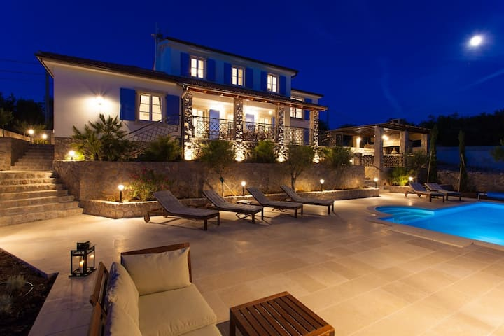 Villa Mia, Croatia Luxury Rent
