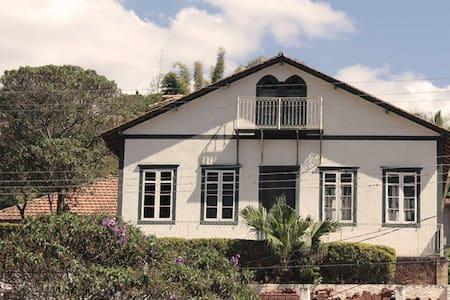 Harpia Hostel Hospedagem - Guesthouse