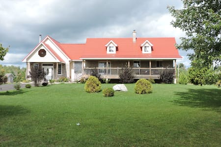 French River Bed and Breakfast - Szoba reggelivel