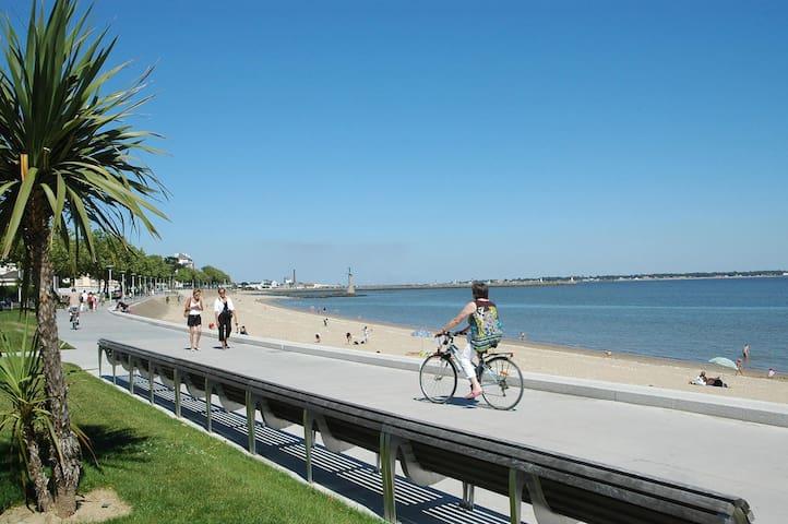 Maison-appartement proche mer et vue parc paysager - Saint-Nazaire - Lägenhet