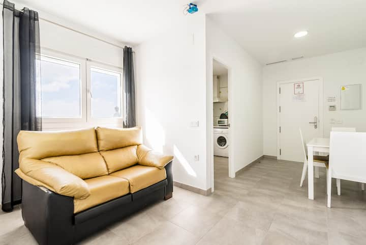 Modern, with roof terrace and very close to the beach - Apartamento La Perla