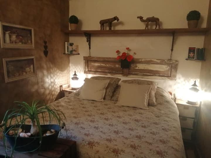 Une chambre dans un petit mas