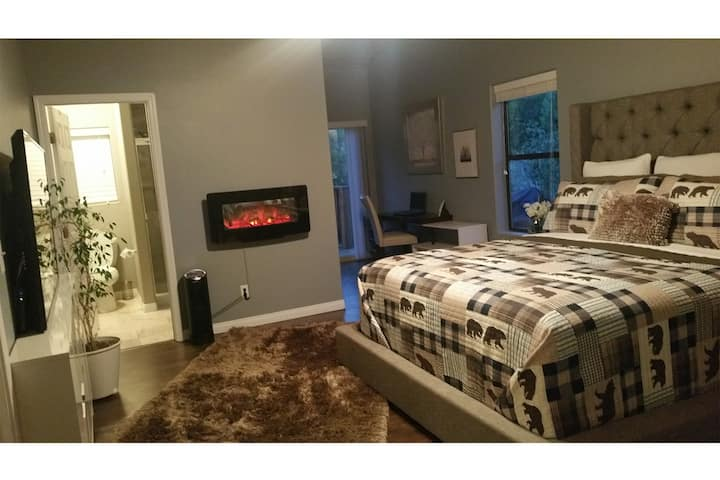 Forest Fusion - Luxury Suite - A/C - No Clean Fee