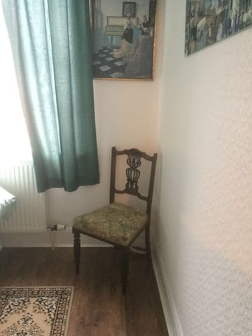 A cosy single room in an excellent clean condition - Portsmouth - Σπίτι