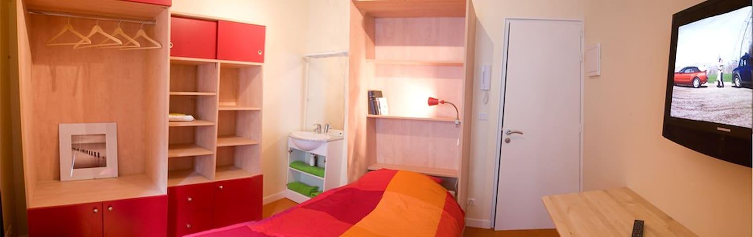 Chambre meublée - 16m²