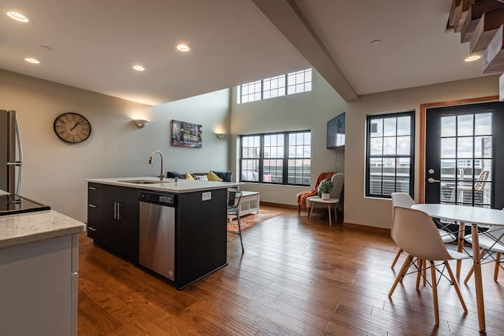 Luxury loft condo downtown La Crosse!