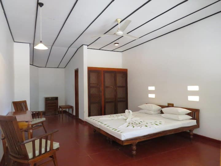 Nilaveli Beach Room