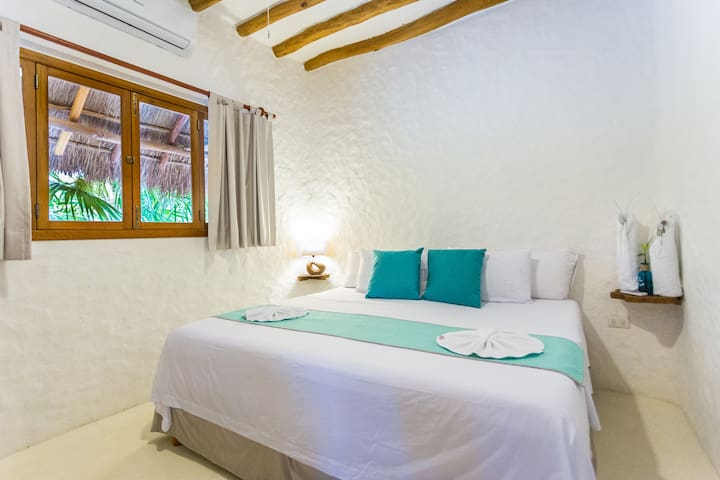 "HOLBOX DELUXE APARTMENTS  5PERSONAS ""2"" o ""1"""