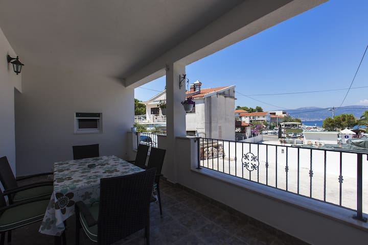 Apartments San - Three Bedroom Apartment with Sea View (A