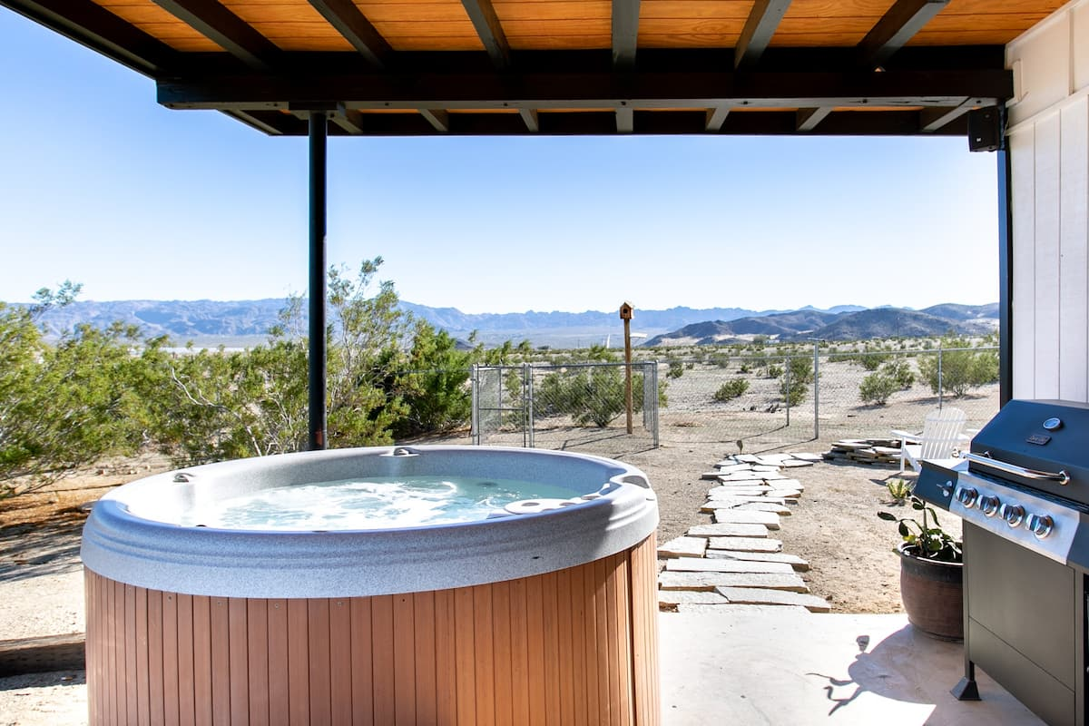 The Joshua Tree Chalet