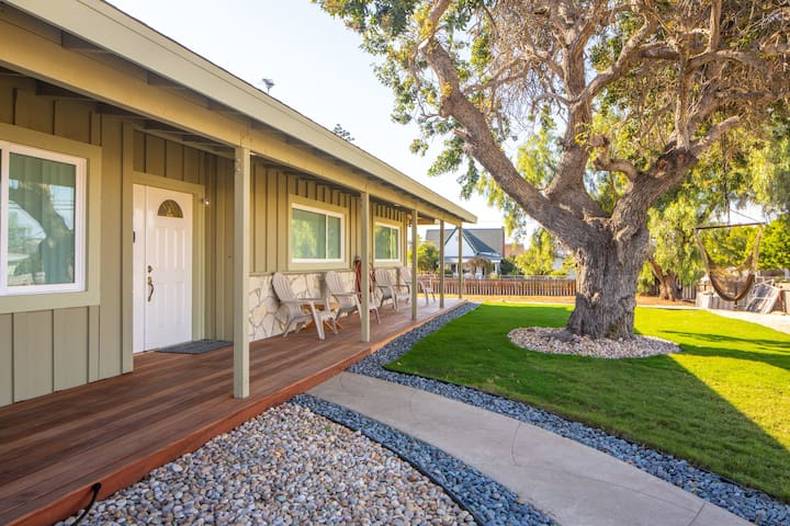 Mid century style fully remodeled home