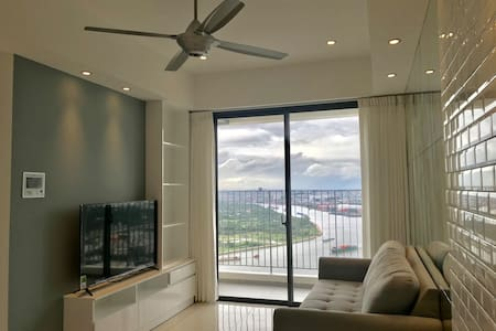 New luxury riverview 2BR apt in Masteri An Phu HCM