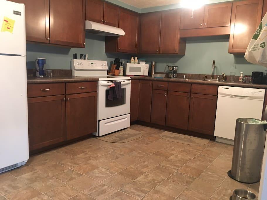 Shared kitchen upper level
