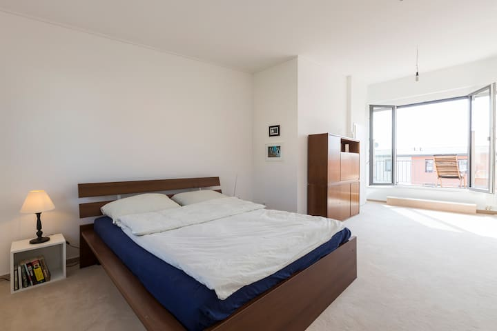 Sunny Room Close to FU Berlin w/ Roof-Deck Terrace - Berlin - Haus