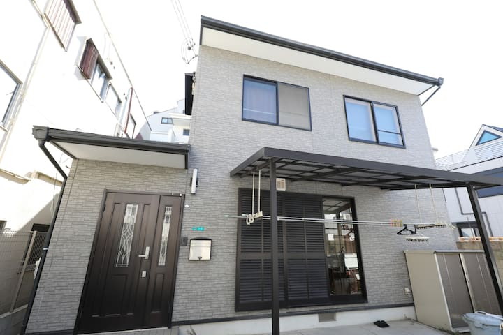 GT04 OPENING! 3-BEDROOM GUESTHOUSE near OSAKA DOME