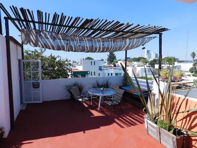 Departamento Casa del Encino / + Relax Terrace