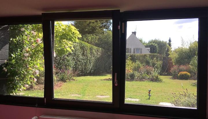 Jolie chambre sur jardin avec accès indépendant