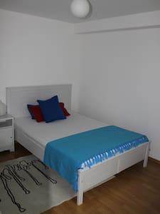 Nice & clean room - Ottobrunn - Haus