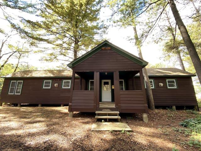 Summer Camp Cabin at Camp Whitcomb/Mason - Apus