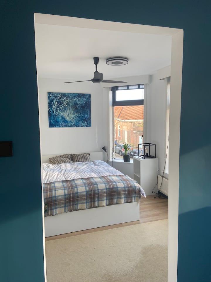 Private room (in 1906 corner house) in Haarlem