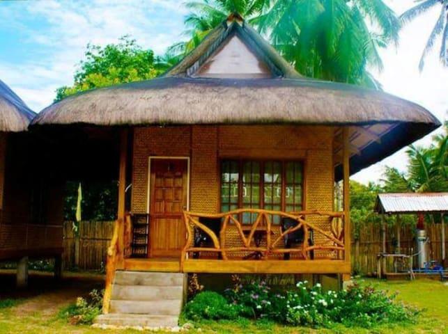 Jurisu Resort Premium Traditional Cottage Huts For Rent In San Vicente Mimaropa Philippines