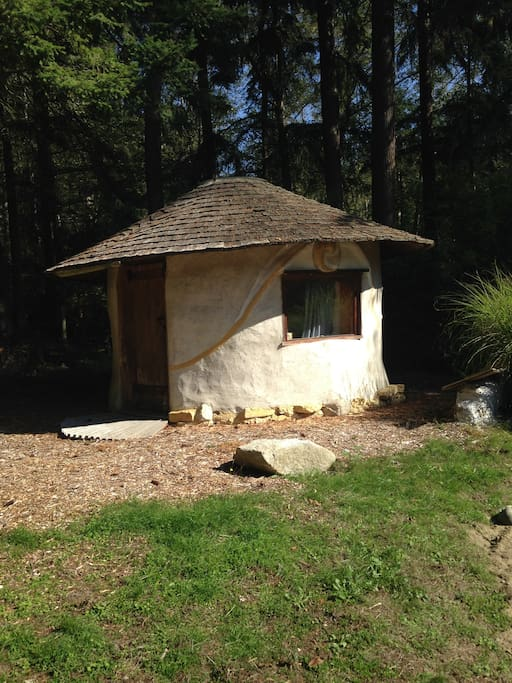 Straw bale massage office