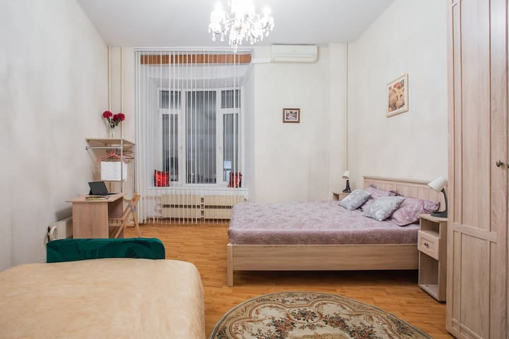 Luxe room Pokrovka! Comfort, clean, close to metro