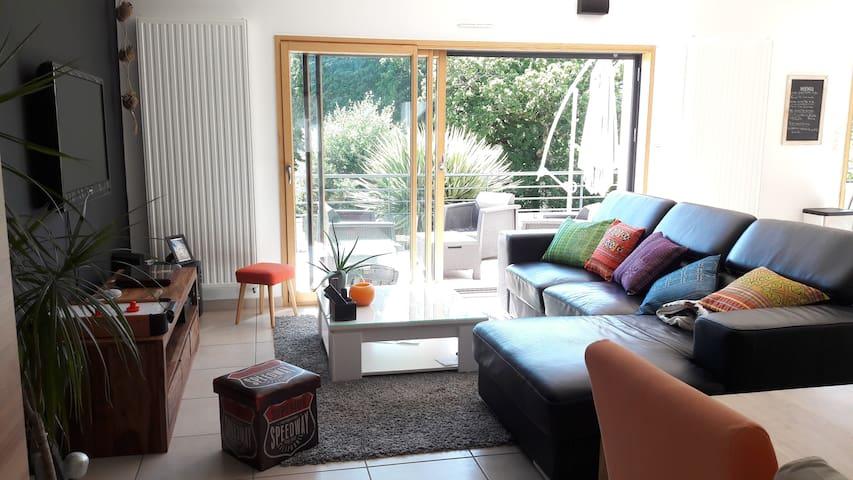 Chambre privé dans charmante maison à Quimperlé