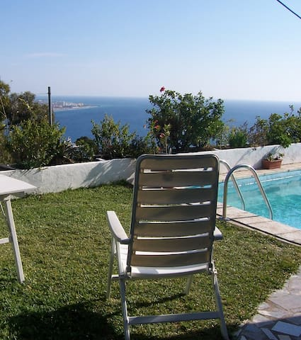Mediterranean sea w private pool - Salobreña - Rumah
