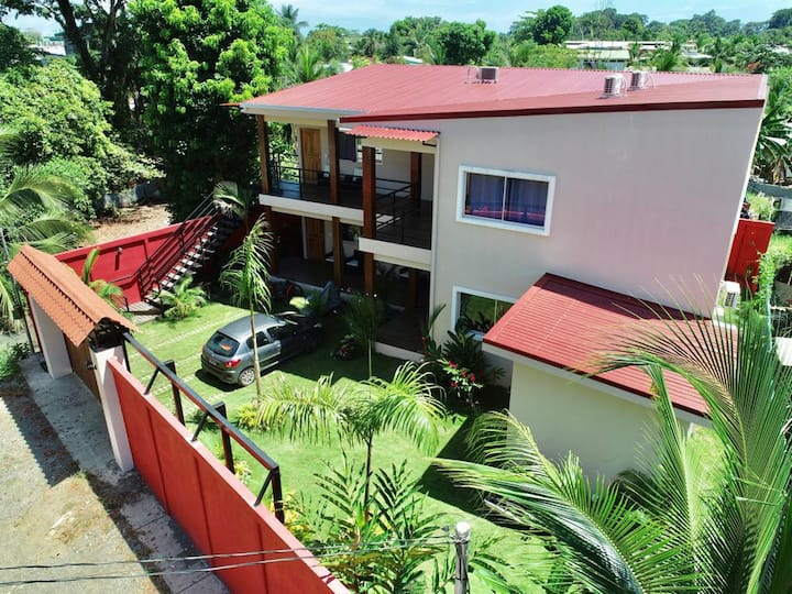 Equipped and moderns apartments in Puerto Viejo.