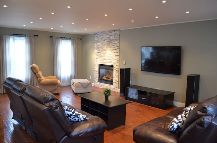 LUXYRY Home for rent
