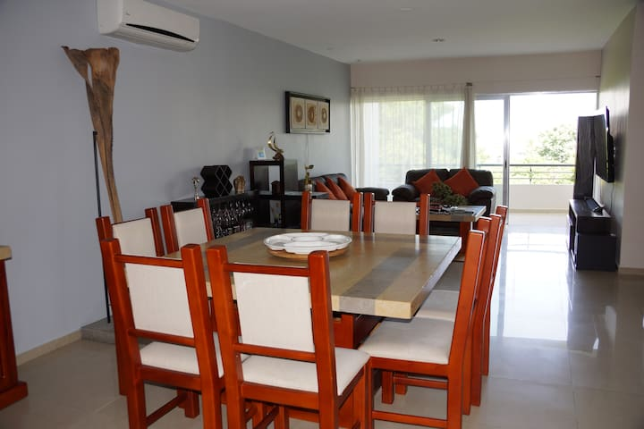 Great room and superb location in downtown Cancun - Cancún - Apartament