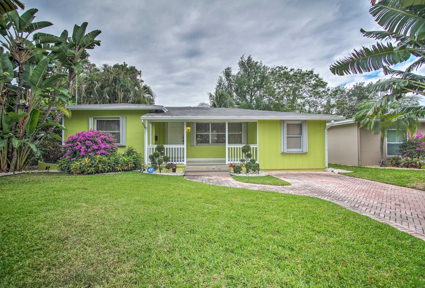 Book your South Florida escape to this 3-bedroom, 2-bath vacation rental!